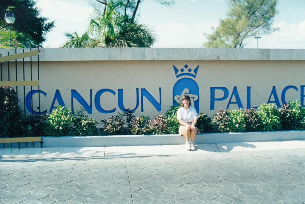 Debbie in Cancun